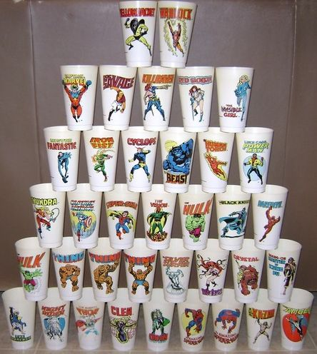 7-11 Slurpee cups from 1977 ... WE LOVE THESE!!!