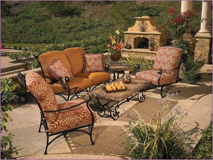 http://copoot.com/woodard-patio-furniture-cushions/