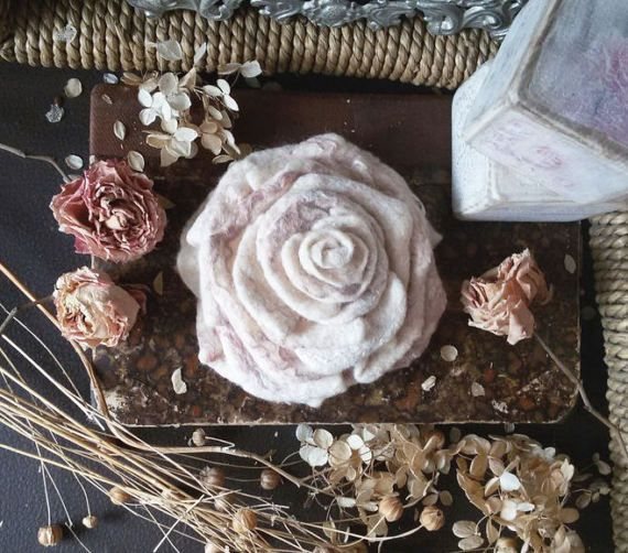Rose brooch Felt Rose Flower Felt Flowers от WoolTextileHandmade