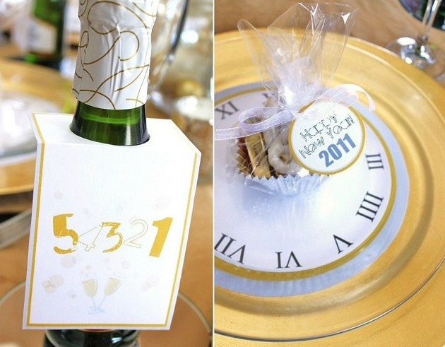 Free NYE Printables - silver and gold: Tables Sets, Years Party, Eve Tables, Dinners Party, At Homes, Party Idea, New Years Eve, Eve Party, Champagne Bubbles