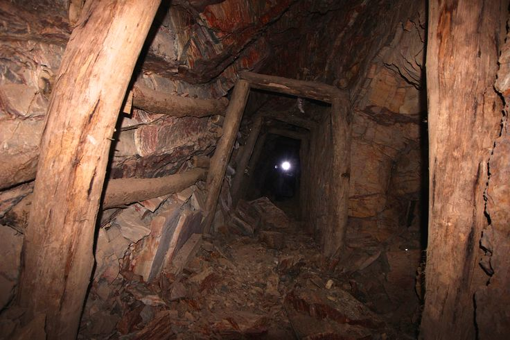 At the peak of the gold rush in the 1850s, Castlemaine was home to almost 30,000 miners and was considered to be the richest goldfield in the world. #Castlemaine #Chewton #Goldfields #Mines #Victoria