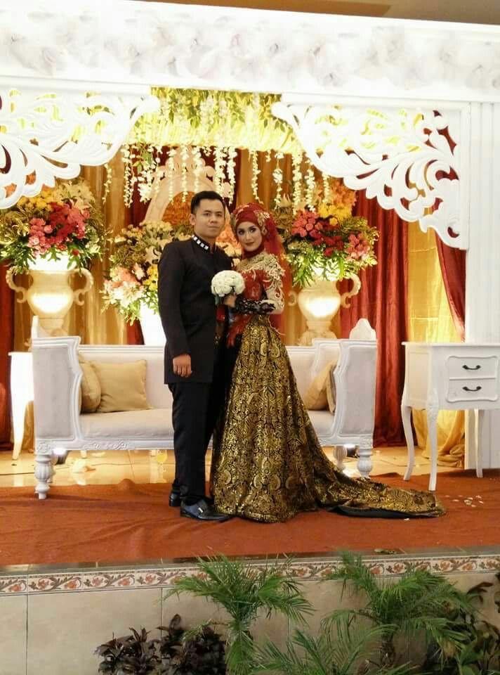 Kebaya Wedding by @Ulimora_kebaya (IG)