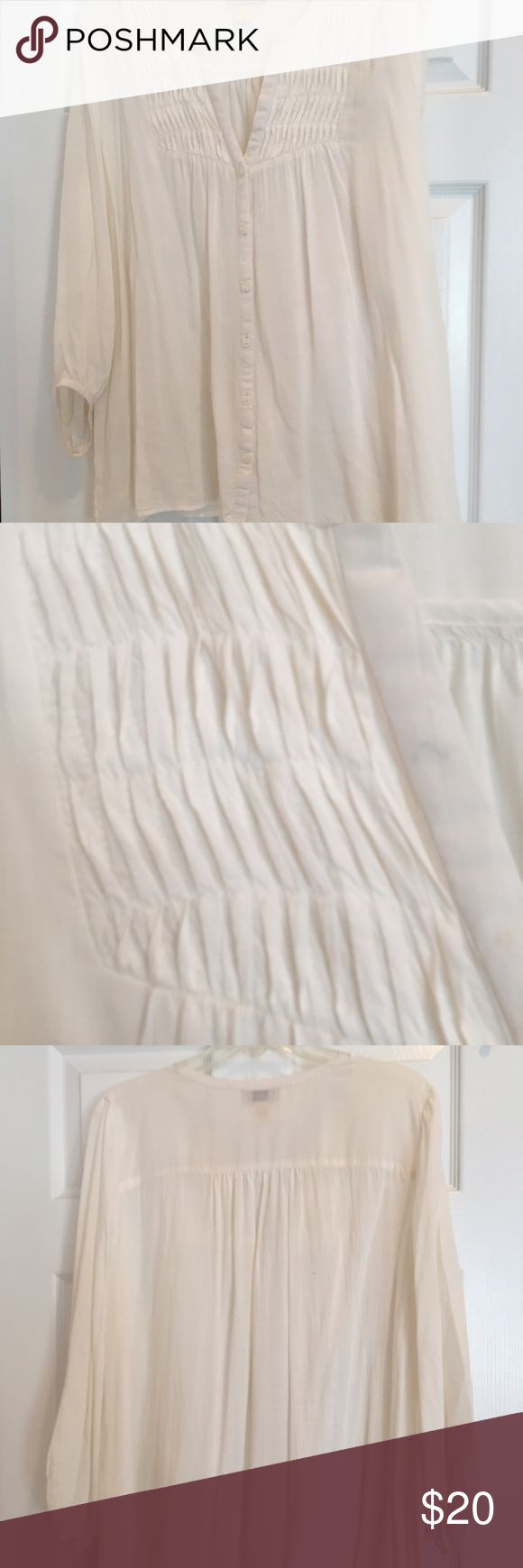 Anne Taylor Loft blouse ivory pintuck 3/4 slv LG Anne Taylor Loft blouse: ivory (almost white), 3/4 sleeve feminine pintuck front, v-neck tiny button front & gathered back. Size LG. Not fitted....flowing. Non-smoking home. Anne Taylor Tops Blouses