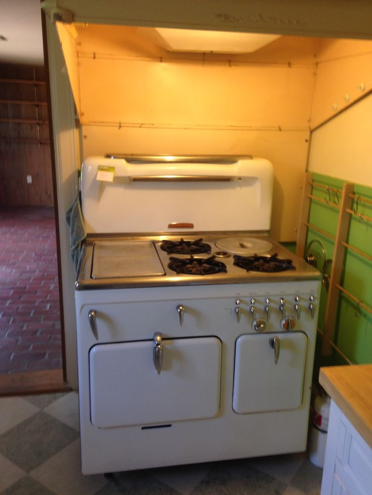 Kitchen Remodels With  S Vintage Stoves
