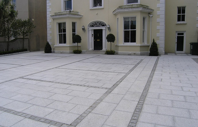 Formal Granite Driveway With Contrasting Cobbles Defining