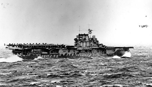 World War II: USS Hornet (CV-8): USS Hornet (CV-8) launching the Doolittle Raid, April 1942