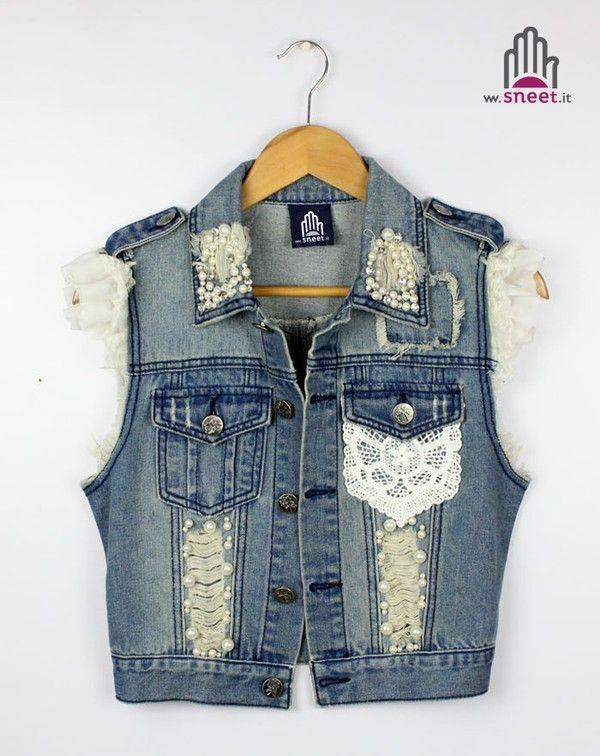 Gilet in denim? Si grazie 😍❤  🍭 guarda la nuova collezione 👉🏻 www.dream-shop.it/parka-urban-donna.html#smanicati