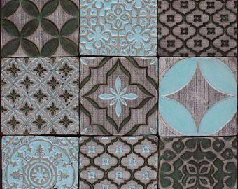 Insieme antico verde & pallido blu in ceramica mattonelle rustiche ...