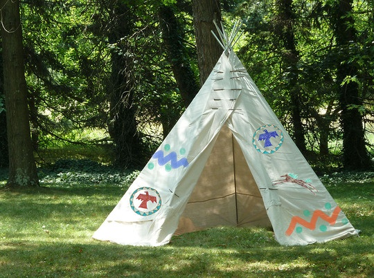 How to make a Backyard Teepee in an afternoon.