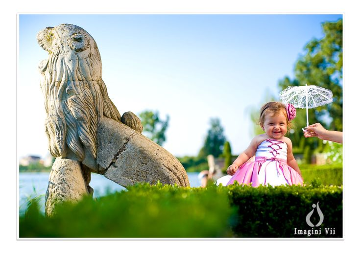 Cute Daria and the tamed lion