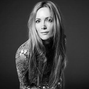 Love this chick! Leslie Mann Interview - Leslie Mann on This Is 40 - Marie Claire