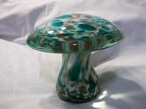 Vintage ART GLASS PAPERWEIGHT MUSHROOM TOAD STOOL~Green~Copper~Metallic~Blown