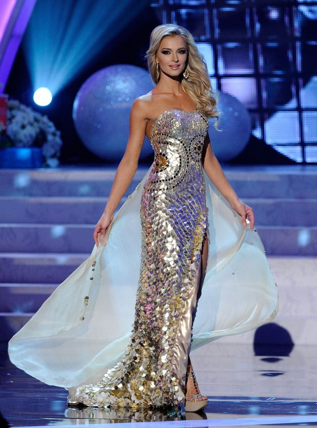 Grading The Gowns: Miss Universe Edition