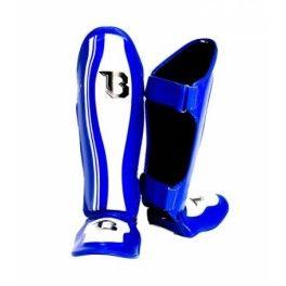 Protège tibia Boxe Booster Bleu Fabriqué en  Thaïlande. Mousse haute densité. Protection spécialement conçu pour un usage professionnel.  2 crochets et boucle de fermeture velcro. Poids très léger (480 grammes ou 17 onces).