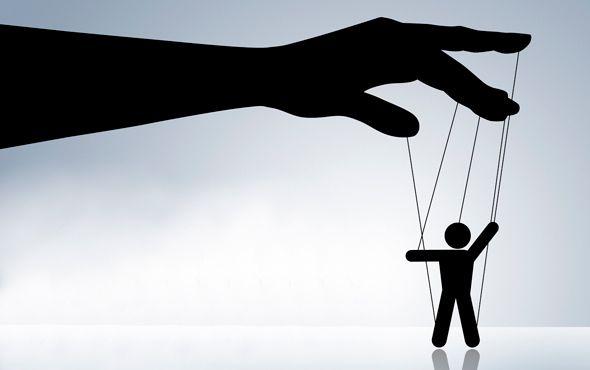 Kis+becsapós+stratégiák,+amelyek+arra+késztetnek+bennünket,+hogy+igent+mondjuk.+Miért+vagyunk+befolyásolhatók?+Miért+nem+sikerül+nemet+mondanunk?+Miért+hagyjuk+magunkat+manipulálni?+Christophe+Carré+A+manipulációs+titkos+fegyverei+című+könyvében+megpróbál+válaszolni+ezekre+a…
