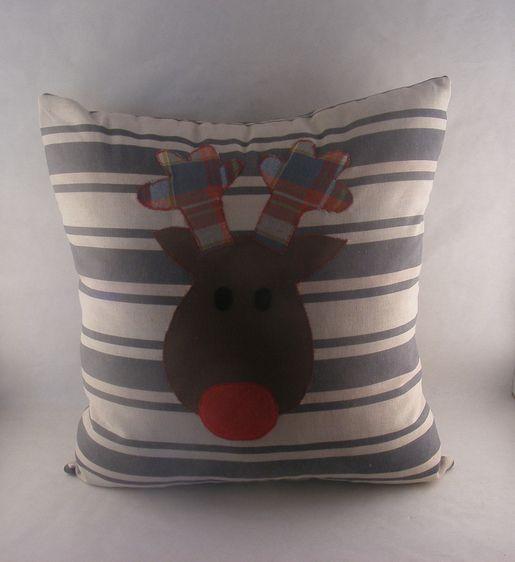 Świąteczna poduszka. Kliknij aby zobaczyć więcej!