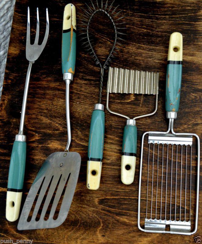 Vintage Skyline utensil set x 5