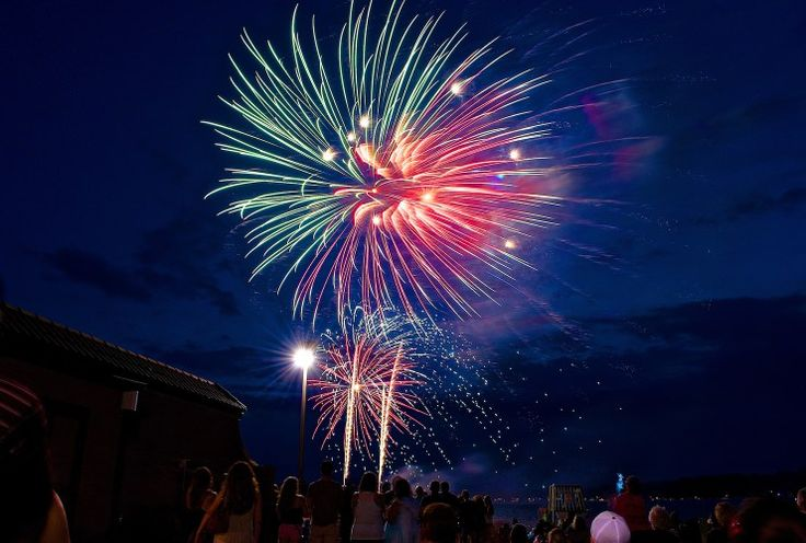 Fireworks Schedule - McHenry County Living