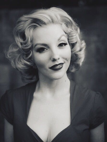 How to Burlesque Hairstyles for Short Hair