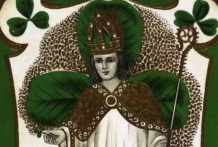 Dnes oslavujú Íri štátny sviatok, pripomínajú si Deň sv. Patrika    Sv. Patrik (asi 389-461) bol írskym biskupom a misionárom, organizoval tamojšiu katolícku cirkev. Znakom dňa je zelená farba na pamiatku svätca, štátny sviatok, Írsko.