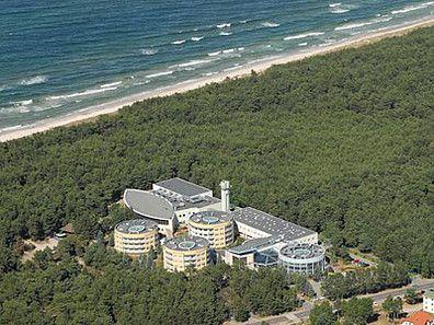 Hotel Senator w Dźwirzynie, zdjęcie z lotu ptaka. Centrum konferencyjne tak blisko morza, jak tylko się da! Więcej szczegółów: http://www.konferencje.pl/obiekty/obiekt,42,senator-hotel.html #konferencjenadmorzem, #konferencjepolska, #salekonferencyjnenadmorzem
