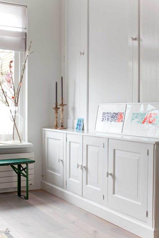 Inbouwkast met klassiek tintje | vtwonen, fotografie Margriet Hoekstra, productie Barbara Natzijl, huis Dorien Lusthof