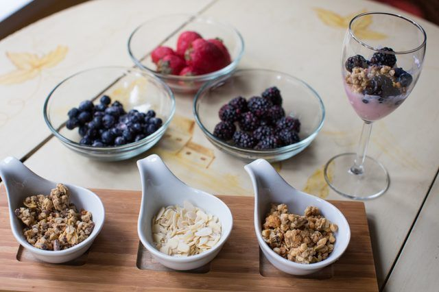 How to Create an Elegant Continental Breakfast Buffet | eHow