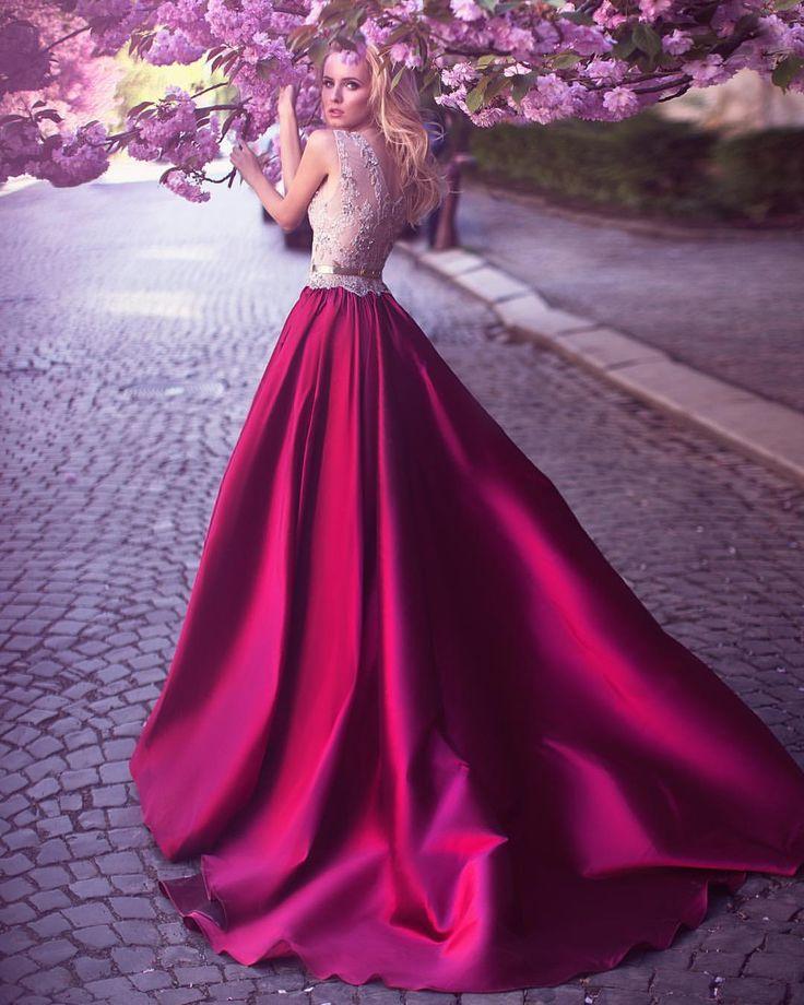 Bonito Smoking Baile De Graduación De Color Rosa Imágenes - Ideas de ...