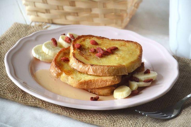Adoro i French toast, nella loro semplicità sono la mia colazione preferita quando sono all'estero. A dispetto del suo nome, il french toast è una preparazione made