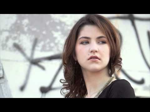 Celeste Buckingham - Dont' Look Back: preview - YouTube