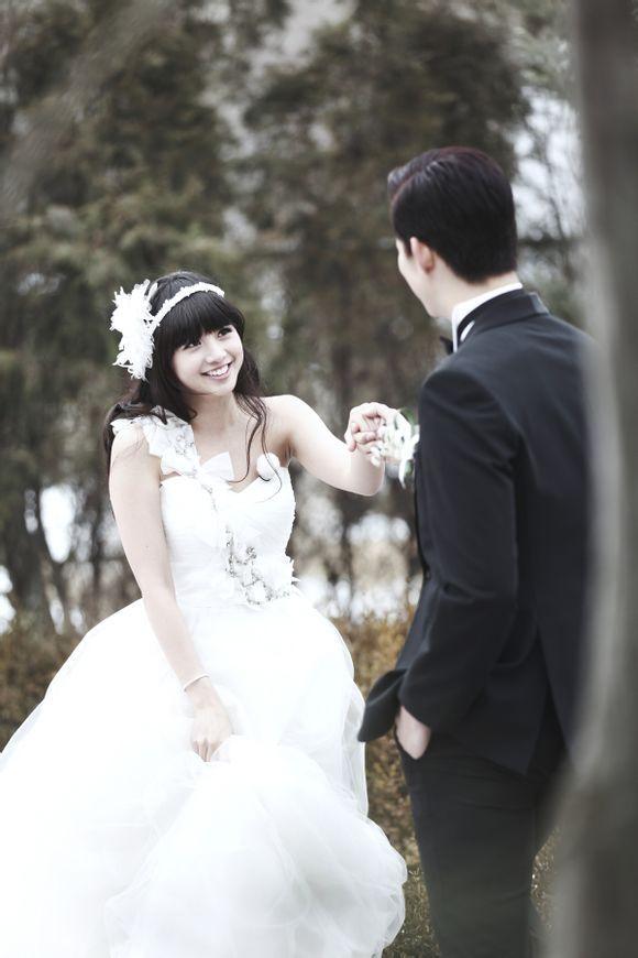 Global WGM - Taecyeon and Gui Gui #Fashion #Kpop #Wedding
