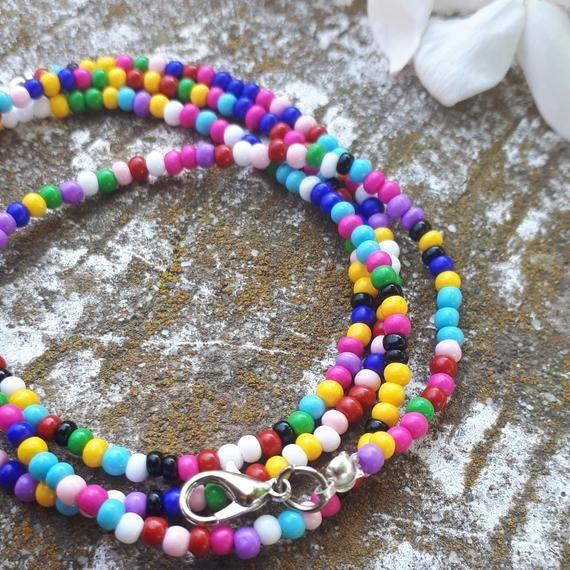 My Etsy Shop, Beaded Necklace, Beads, Glasses, Handmade, Stuff To Buy, Crochet Earrings, White Bunnies, Beading