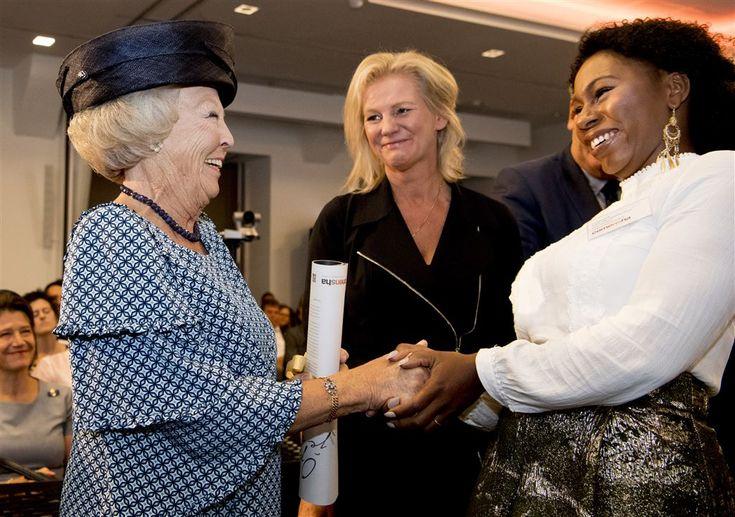 Prinses Beatrix hoorde donderdag, 22-9-2016, in Den Haag verhalen van slachtoffers van mensenhandel.