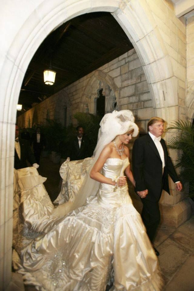 Pin By Charissa Bahre On First Family Trump Melania Trump Wedding Trump Wedding Famous Wedding Dresses