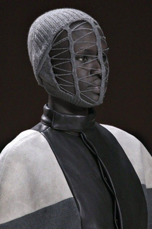 Rick Owens | Knit mask | Knitwear | lookbook | editorial | high fashion | tricot | runway | catwalk