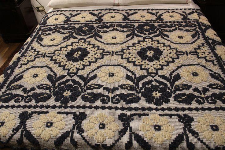 Coperta,copriletto di lana lavorata a mano con 20 stelle bianche-blu.2.00×150 cm di TRADIZIONALE su Etsy