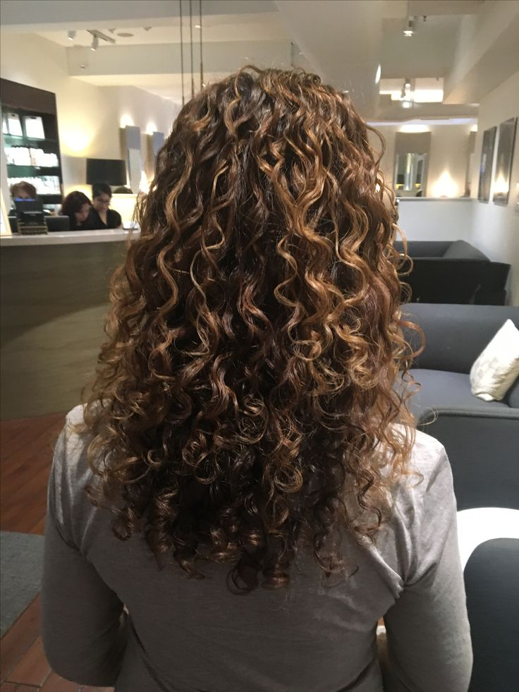 Highlighted curly hair