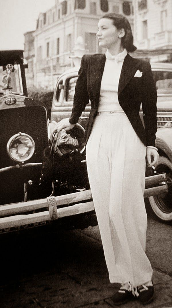 Look how beautiful these super high waist vintage pants from 1930s-40s. Description from vintag.es. I searched for this on bing.com/images