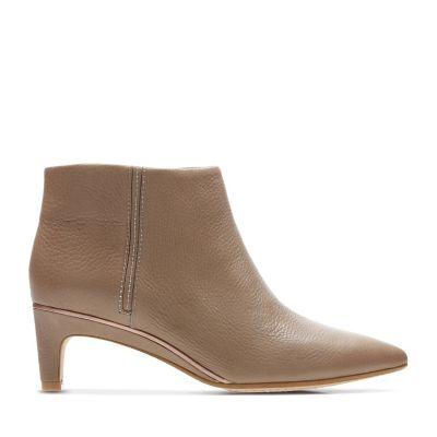 c7c1196e300 Women s Booties   Ankle Boots - Clarks® Shoes Official Site