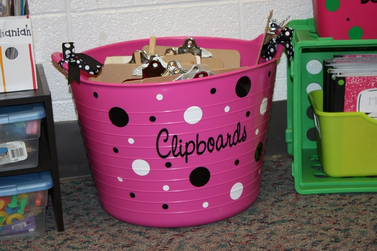 I want my whole classroom to be done in polka dots! Minus the pink...