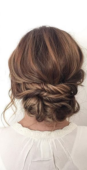 pretty, loosely pinned bun