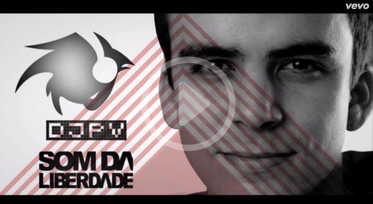 """Fernando Barros fez uma parceria com o DJ PV e lançou a versão eletrônica da música """"Voar Como Águia"""".  Confiram: http://itbmusic.com.br/site/noticias-itb/voar-como-aguia-dj-pv-ft-fernando-barros/?utm_campaign=videos-fernando-barros&utm_medium=post-21mar&utm_source=pinterest&utm_content=voar-como-aguia-dj-pv-blog-itb"""