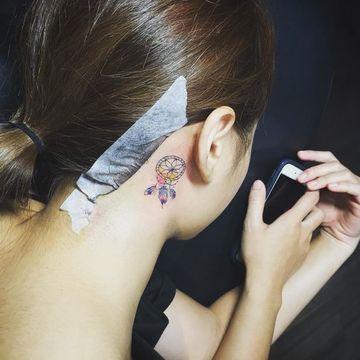Asombrosos Detalles En Tatuajes De Atrapasueños Pequeños Tatuajes