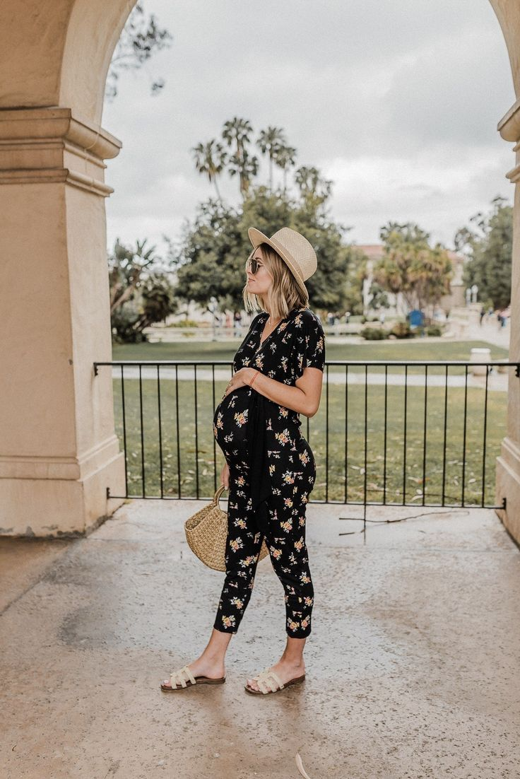 Check out a comfortable maternity outfit in the last quarter! Comfort all …   – Schwangerschaftsmode