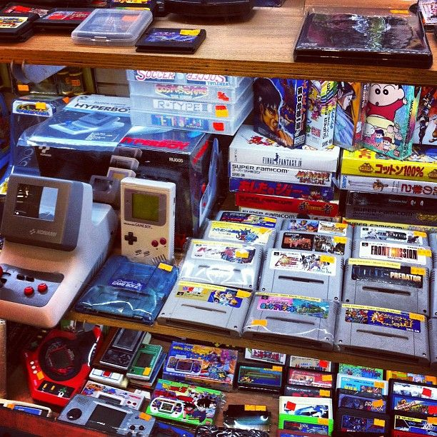 This place is awesome. If you like retro video games, you should definitely give it a visit!