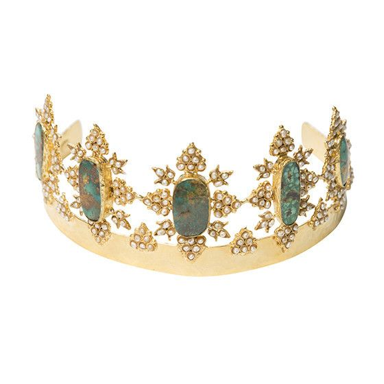 The Akila Crown Gold