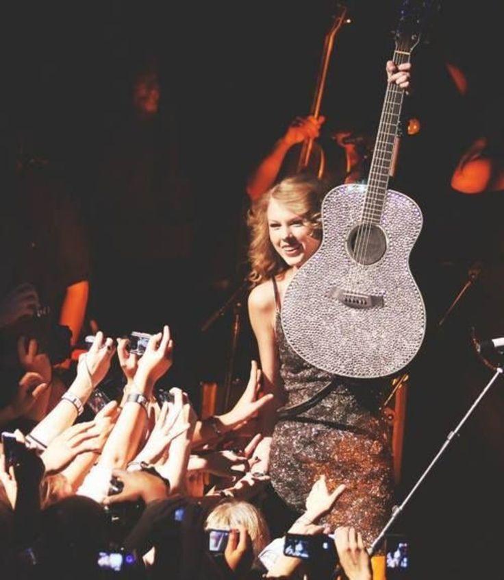 テイラー・スウィフト/Taylor Swift|Way Music Life-ミュージックライフ-
