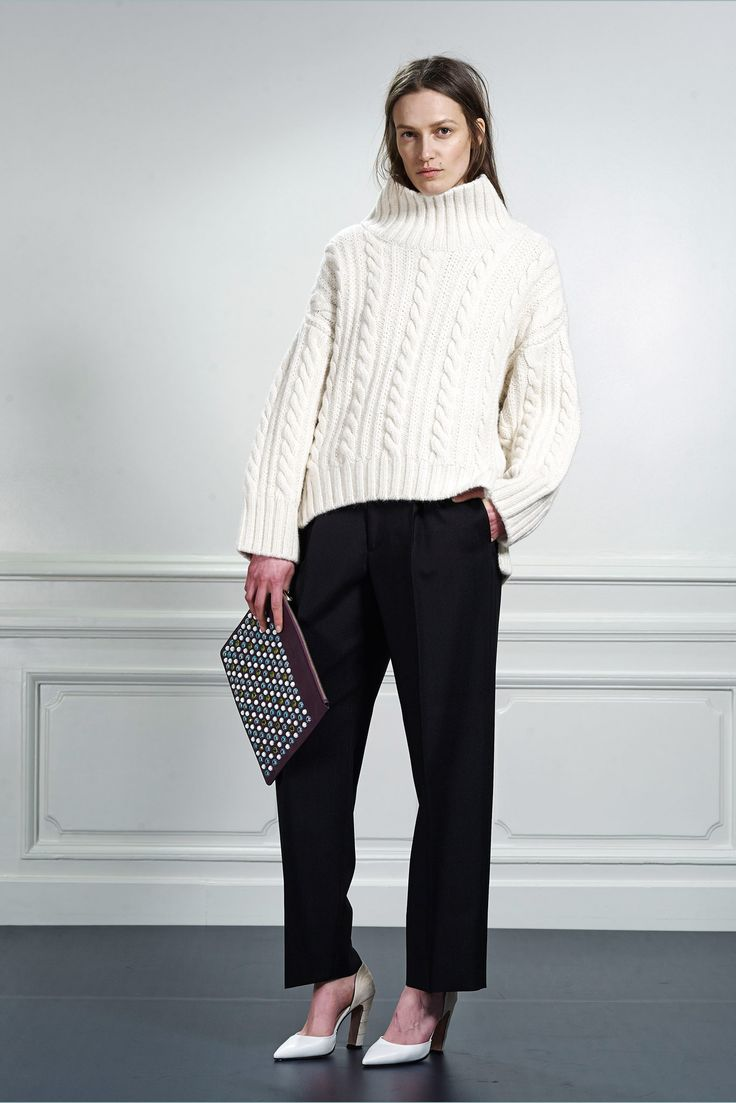 Viktor & Rolf | Pre-Fall 2015 | 13 White turtleneck long sleeve sweater and black trousers
