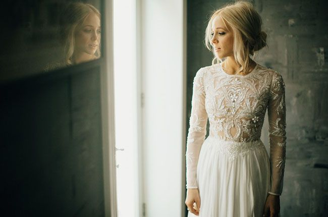 Lovely Bride lace wedding dress