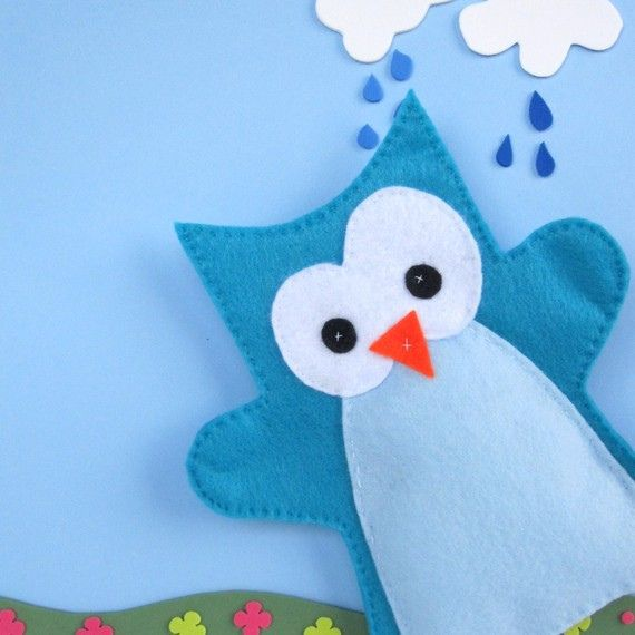 owl felt puppet - this is just a picture, but this would be really easy to make.